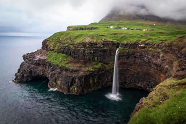 Tag på den flotteste køre-ferie til Færøerne